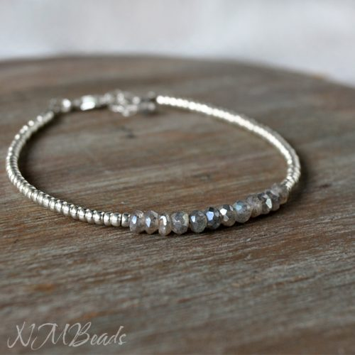 Delicate Labradorite Beaded Bracelet With Silver Beads